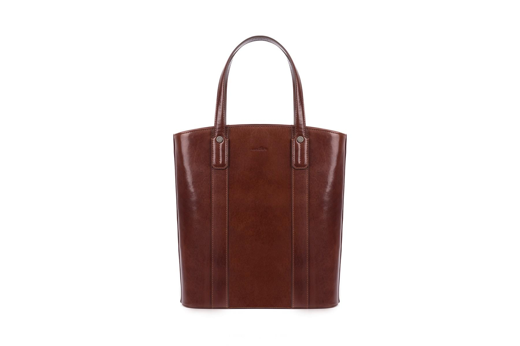 Tote leather handle with zipper closure