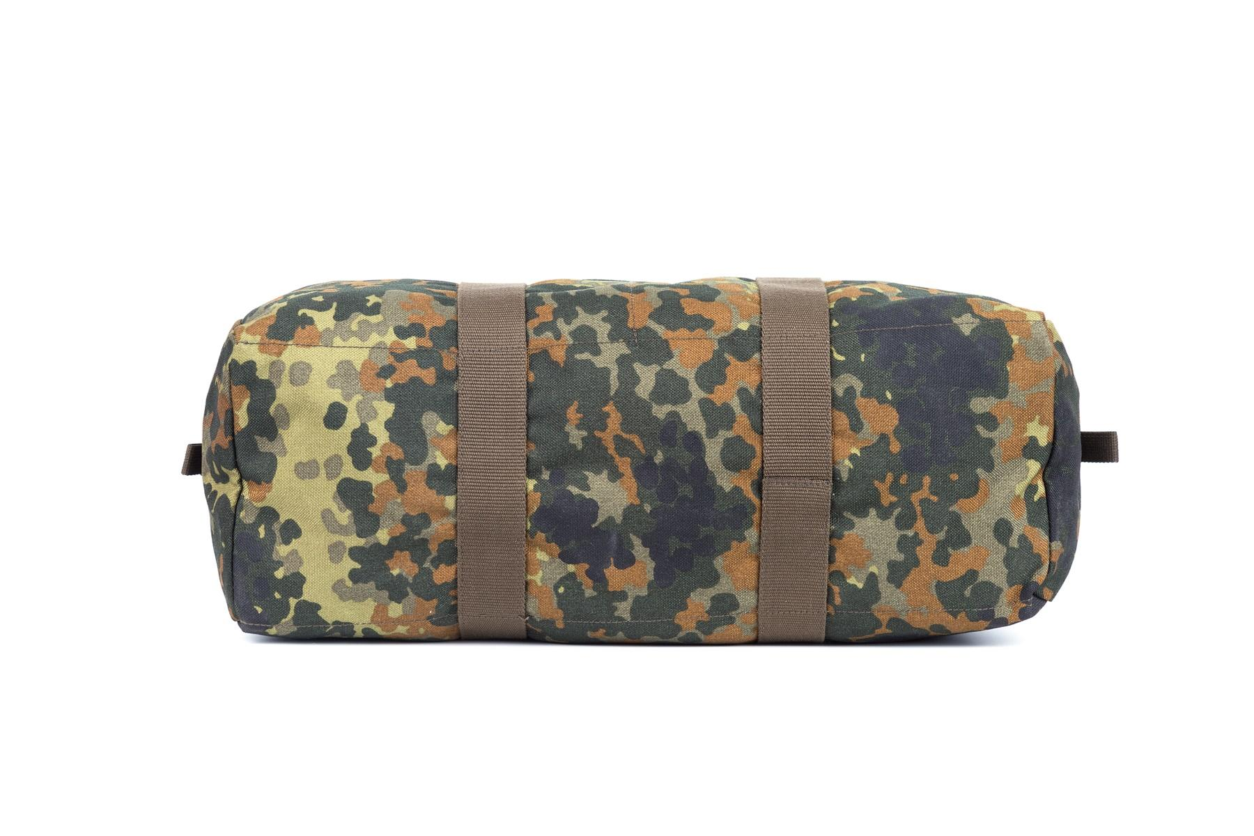 Military travel bag nylon fabric zipper closure