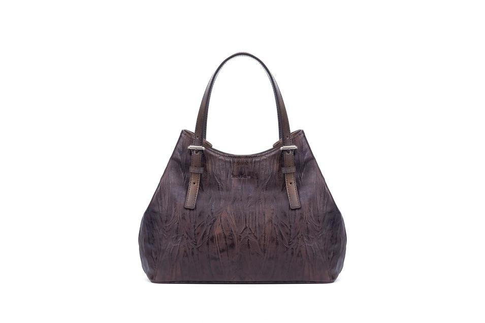 Handbag vegetable tanned leather magnet closure